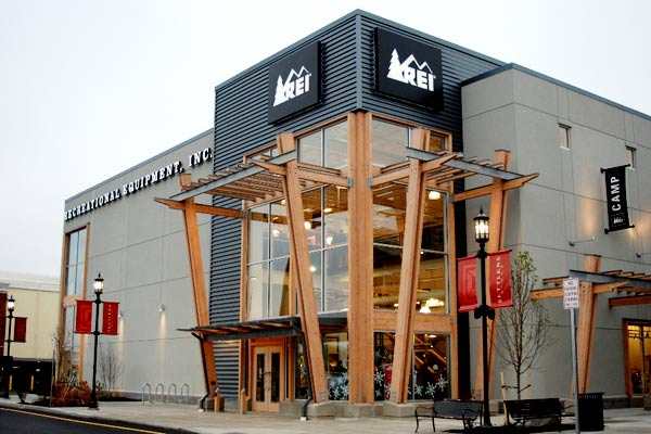 Outdoor gear retailer REI aims to open new Columbia store in November